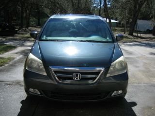 2006 Honda Odyssey Touring Passenger Van photo