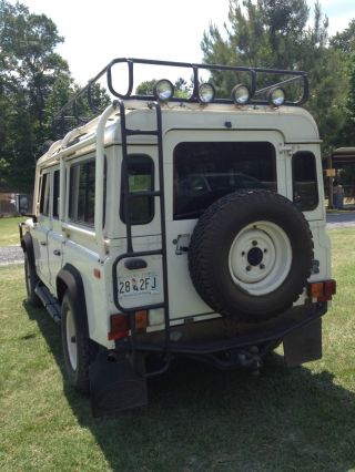 1993 Land Rover Defender 110 Base Sport Utility 4 - Door 3.  9l photo