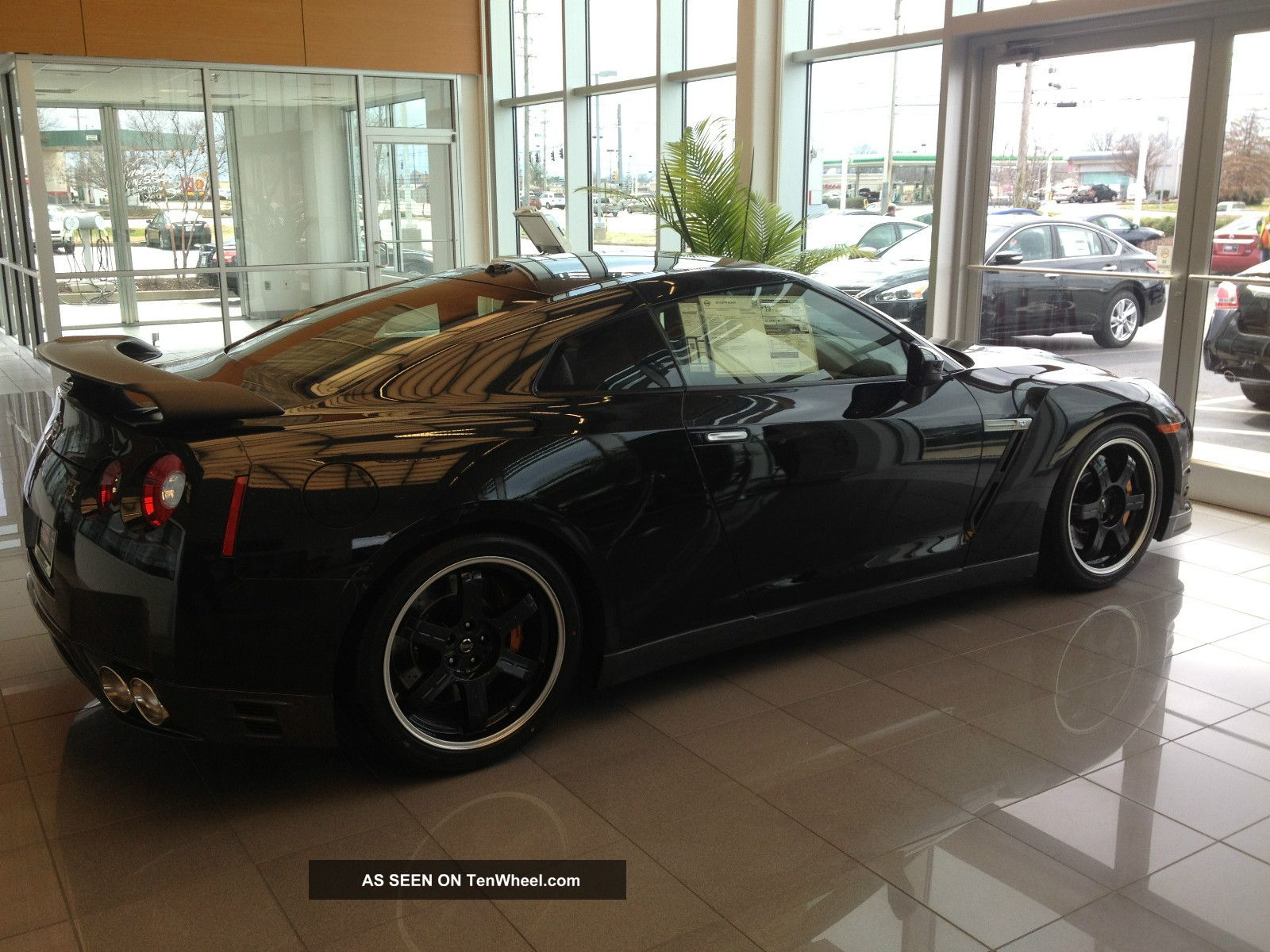 2014 Nissan Gt - R Black Edition GT-R photo
