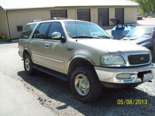 1998 Ford Expedition Xlt Sport Utility 4 - Door 4.  6l photo