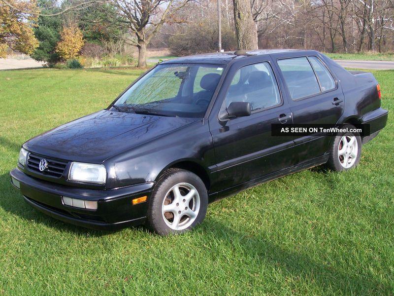 1998 Volkswagen Jetta Gl Sedan 4 - Door 2.  0l Jetta photo
