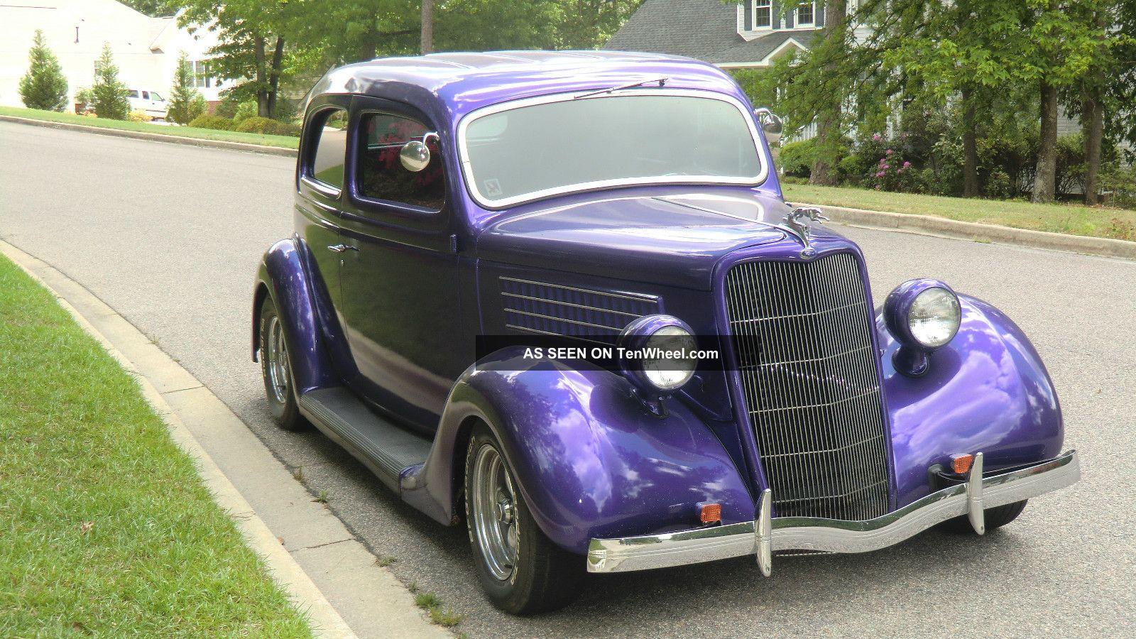 1935 Ford 2 Door Sedan Other photo