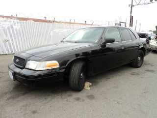2001 Ford Crown Victoria Base Sedan 4 - Door 4.  6l, photo
