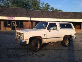 1986 Chevrolet K5 Blazer Silverado Sport Utility 2 - Door 6.  2l photo