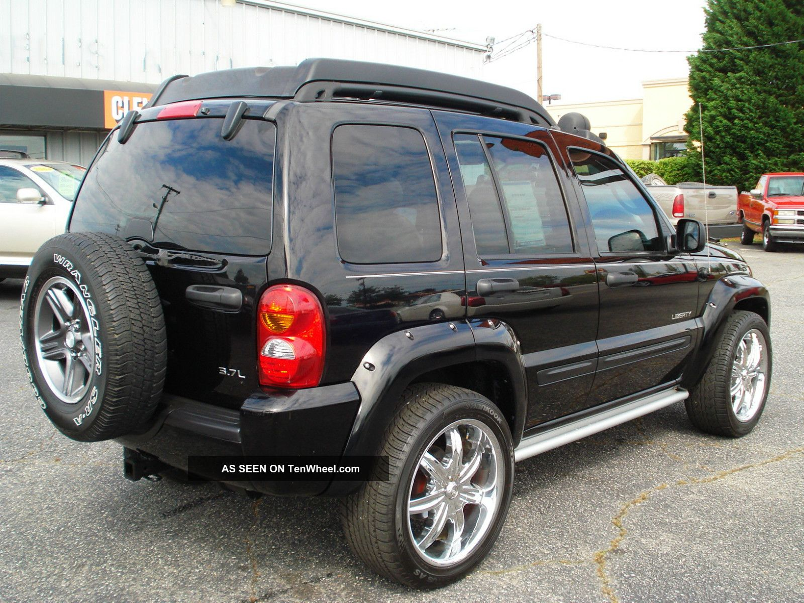 2004 Jeep Liberty Renegade Sport Utility 4