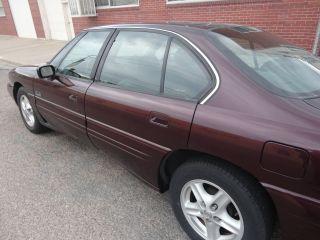 1999 Pontiac Bonneville Se Sedan 4 - Door 3.  8l photo