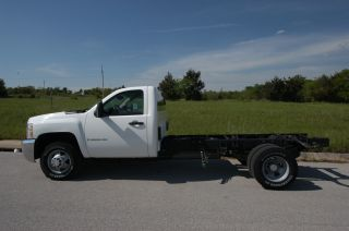 2009 Chevrolet Silverado 3500 Hd - 4wd - Duramax Automatic - 11 Ft Frame Rail photo