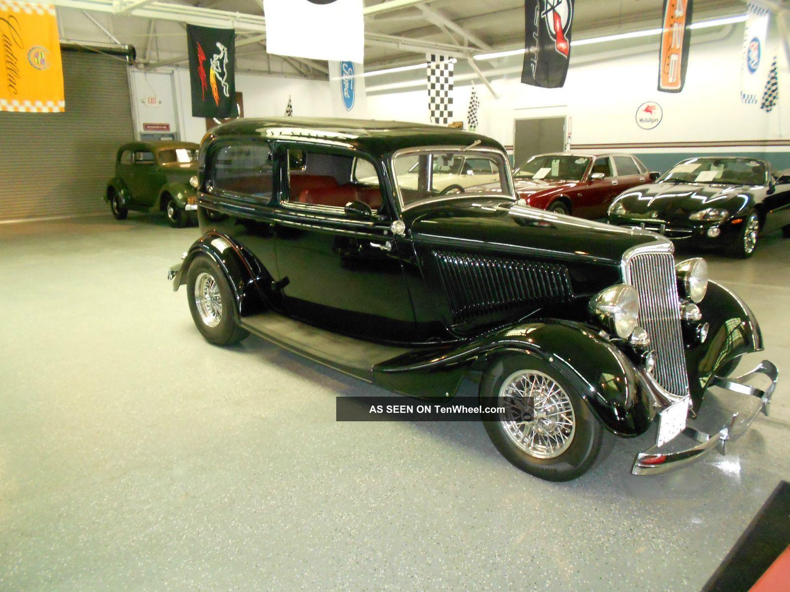 1934 ford deluxe 40 2 door sedan for 1934 ford two door sedan