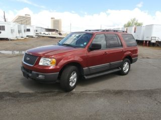 2005 Ford Expedition Xlt Sport Utility 4 - Door 5.  4l photo