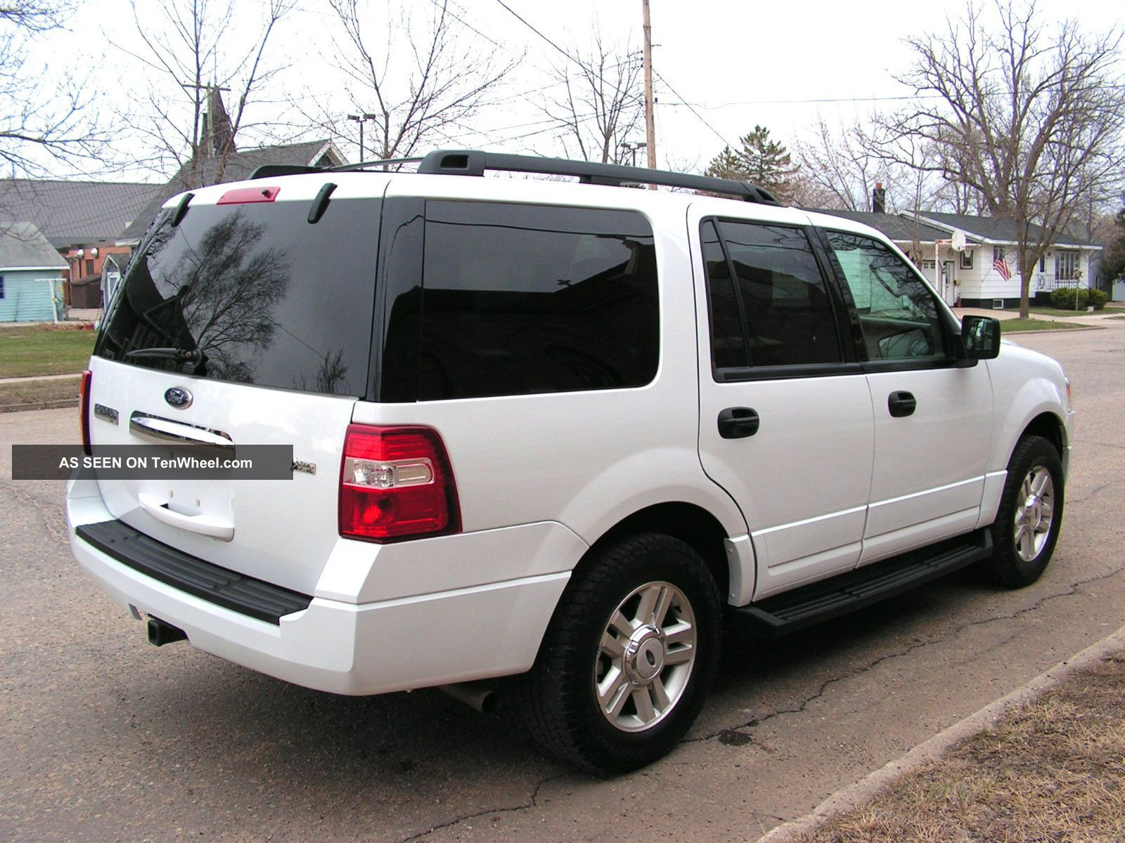 2010 ford expedition xlt white 4x4 flex fuel only 17 500 midwest located