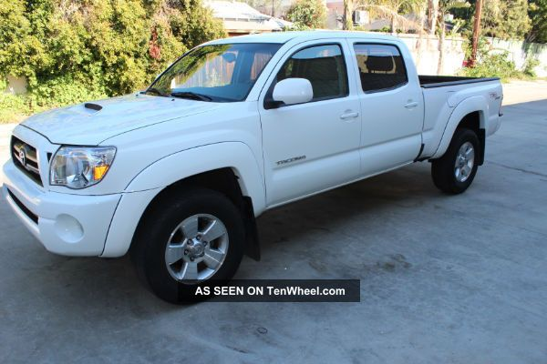2012 toyota tacoma sr5 trd sport off road review pictures. Black Bedroom Furniture Sets. Home Design Ideas