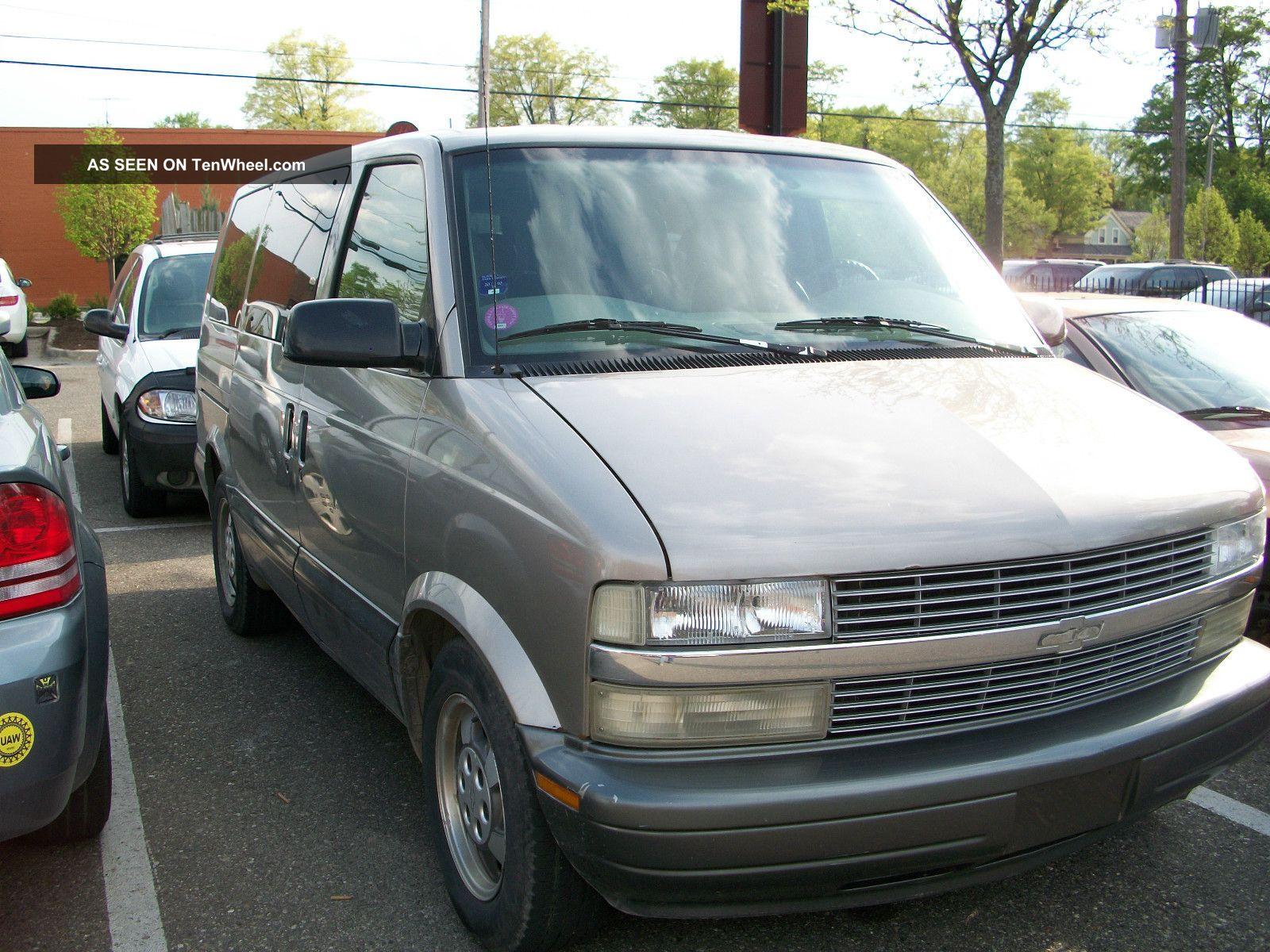 2003 chevrolet astro awd extended passenger van 3 door 4 3l. Black Bedroom Furniture Sets. Home Design Ideas