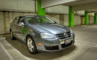2009 Volkswagen Jetta Se Sedan 4 - Door 2.  5l photo