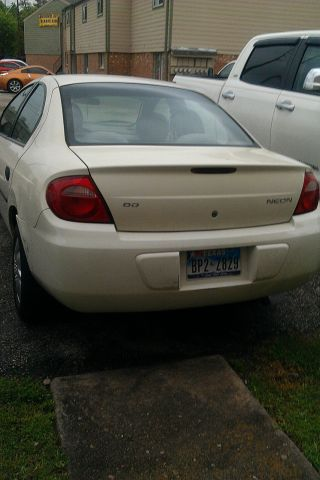 2004 Dodge Neon Se Sedan 4 - Door 2.  0l photo