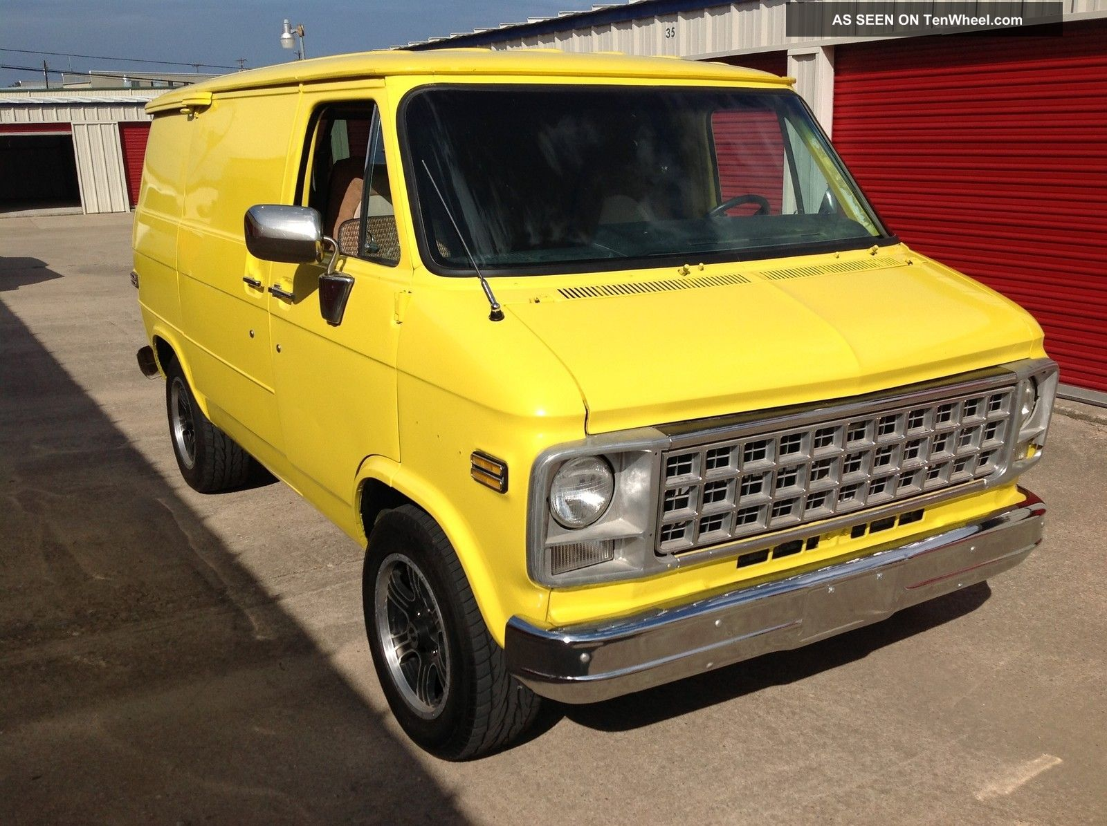 1982 Chevy G10  U0026quot  Shorty  U0026quot  Van