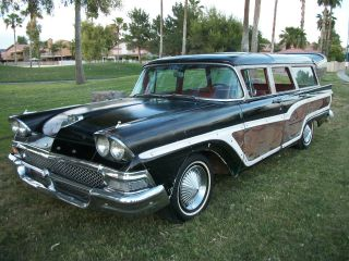 1958 Ford Country Squire 9 Passenger Station Wagon photo