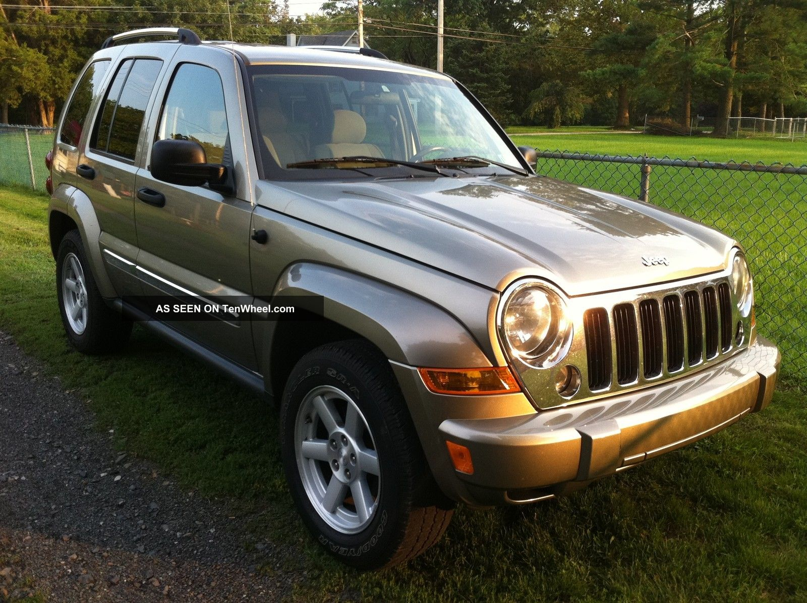 2005 Jeep Liberty Limited Trail Rated 4x4 Loaded 95k