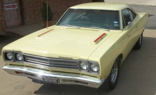 1969 Plymouth Roadrunner Base 6.  3l photo