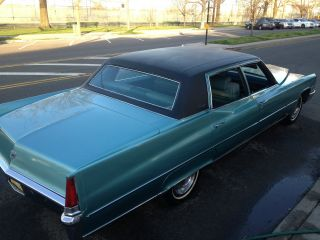 1969 Cadillac Fleetwood Brougham photo