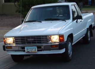 1985 Toyota Pickup Extra Cab Very Everything Works Good Tires photo