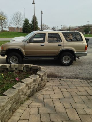 1995 Toyota 4runner Sr5 Sport Utility 4 - Door 3.  0l photo
