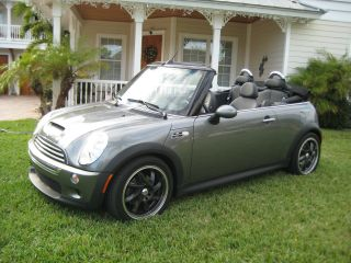 2005 Mini Cooper S Convertible 2 - Door 1.  6l photo