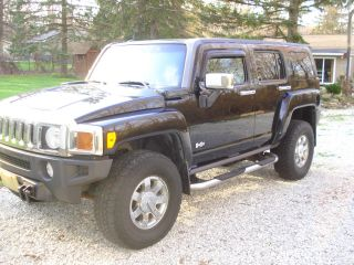 2006 Hummer H3 Luxury Package Sport Utility 4 - Door 3.  5l Black On Black Upgrades photo