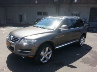 2008 Volkswagen Touareg 2 V8 photo