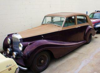 1954 Bentley R Type Freestone & Webb photo