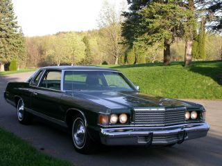 1976 Dodge Royal Monaco Brougham photo