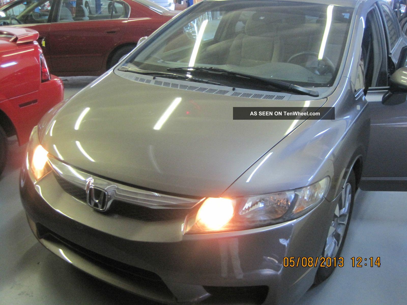 2009 Honda Civic Lx Sedan 4 - Door 1.  8l Civic photo