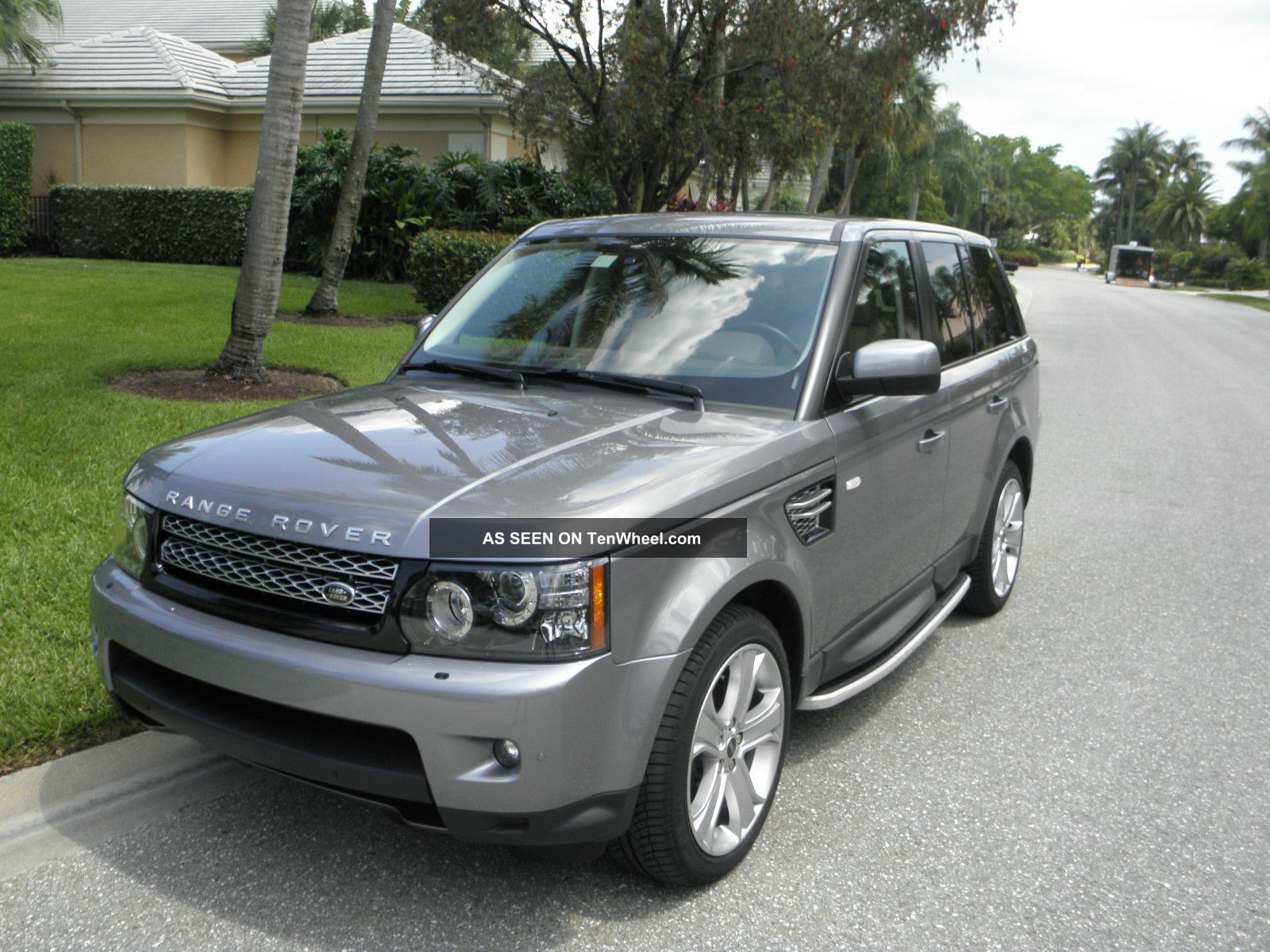2012 land rover range rover sport hse sport utility 4. Black Bedroom Furniture Sets. Home Design Ideas