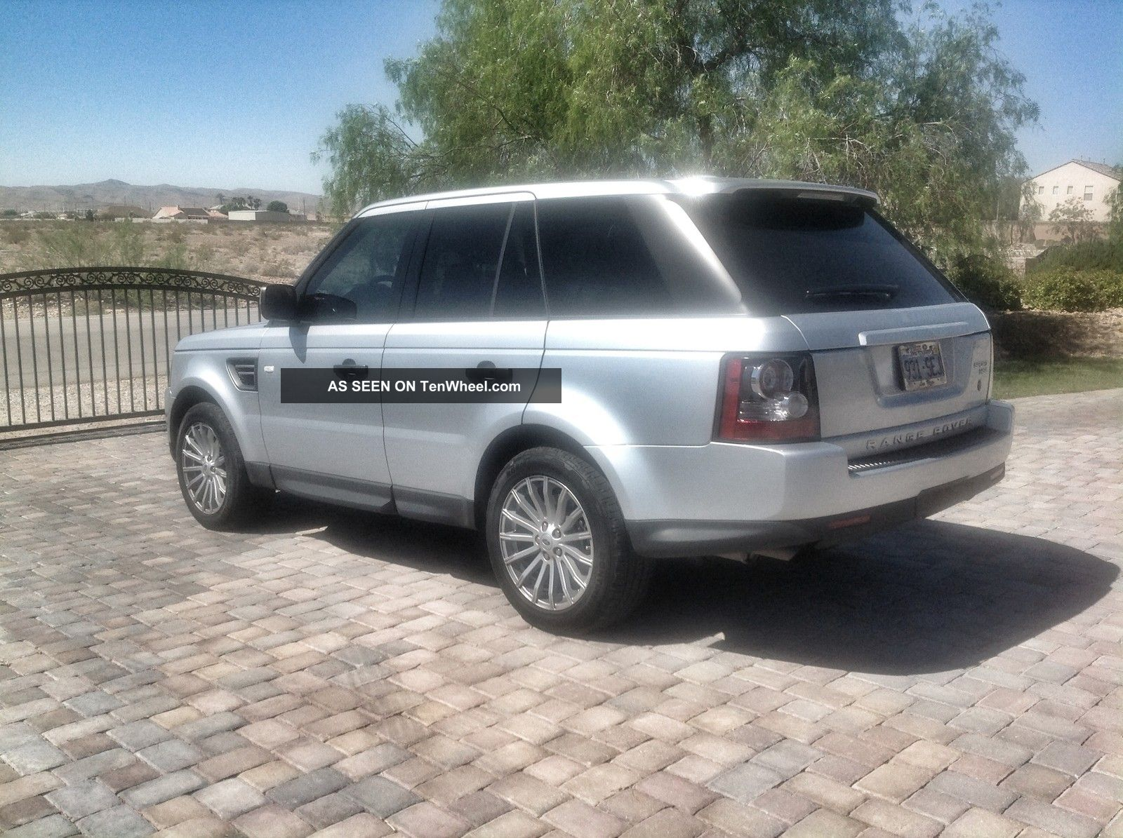 2011 range rover sport. Black Bedroom Furniture Sets. Home Design Ideas