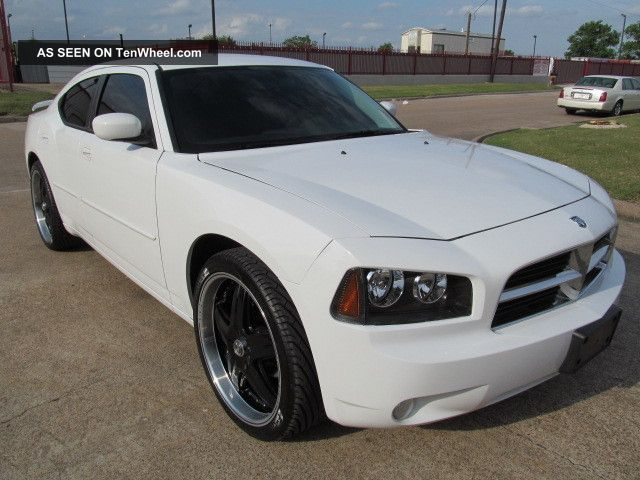 2010 dodge charger sxt sedan 4 door 3 5l. Cars Review. Best American Auto & Cars Review