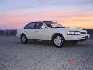 1990 Nissan Maxima Gxe Sedan 4 - Door 3.  0l photo
