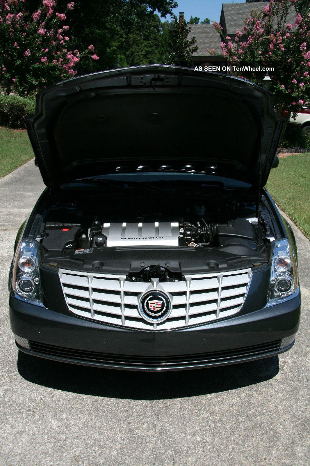 2011 cadillac dts platinum sedan 4 door 4 6l factory bumper to bumper. Black Bedroom Furniture Sets. Home Design Ideas