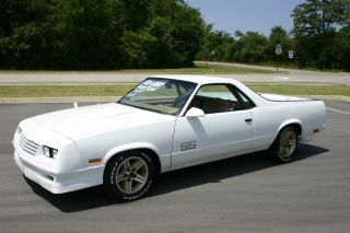 1987 El Camino / Caballero Ss Conversion Package X / Tra photo