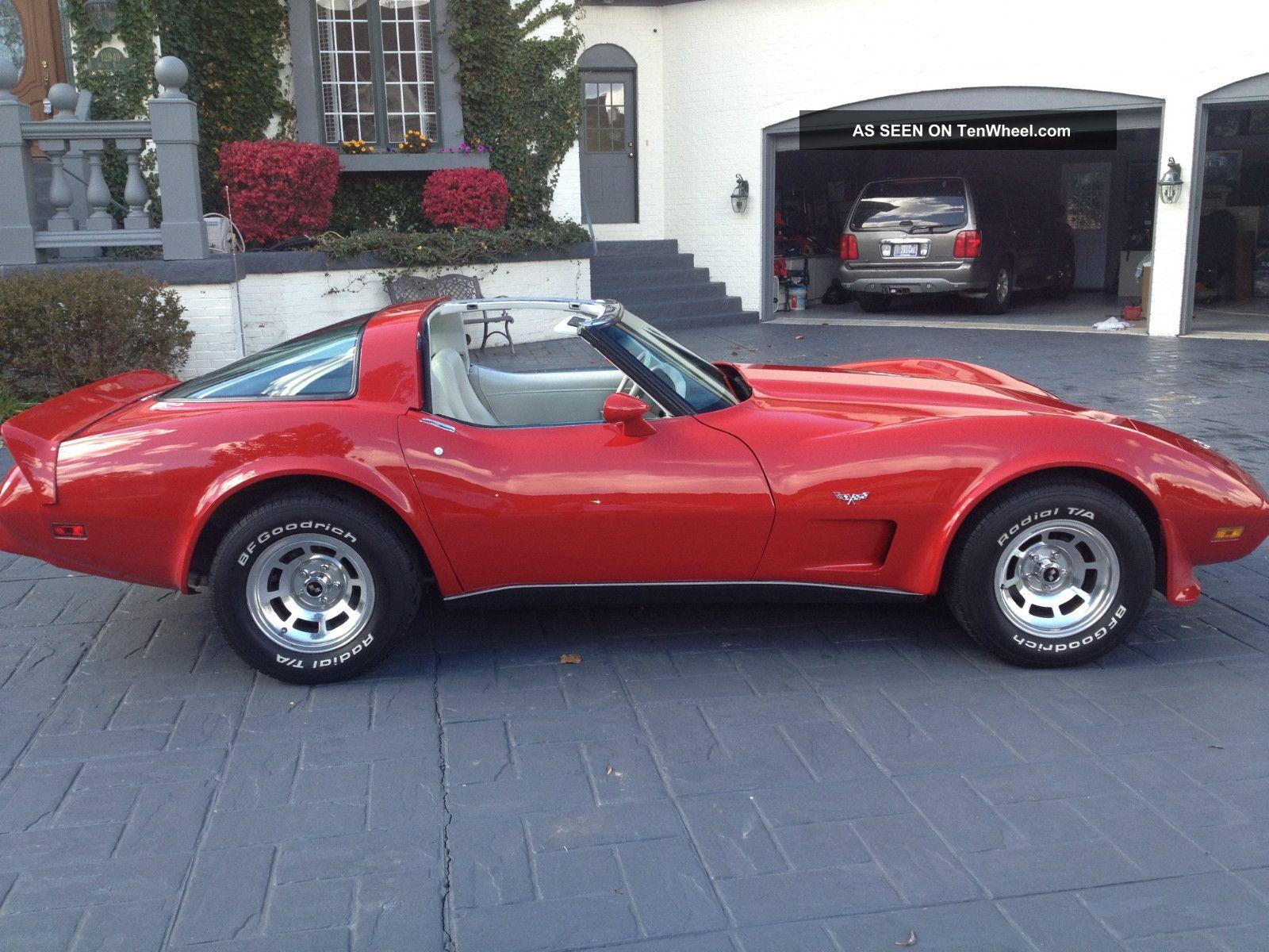 1979 Red Chevorlet Corvette