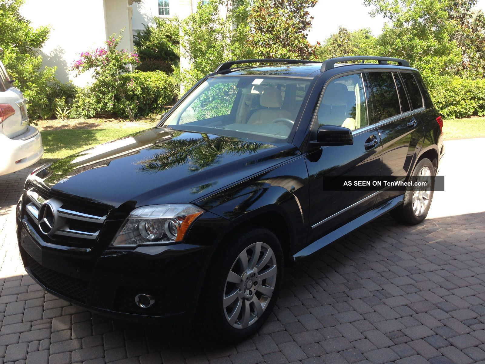 2010 mercedes benz glk350 for Mercedes benz glk350 2010