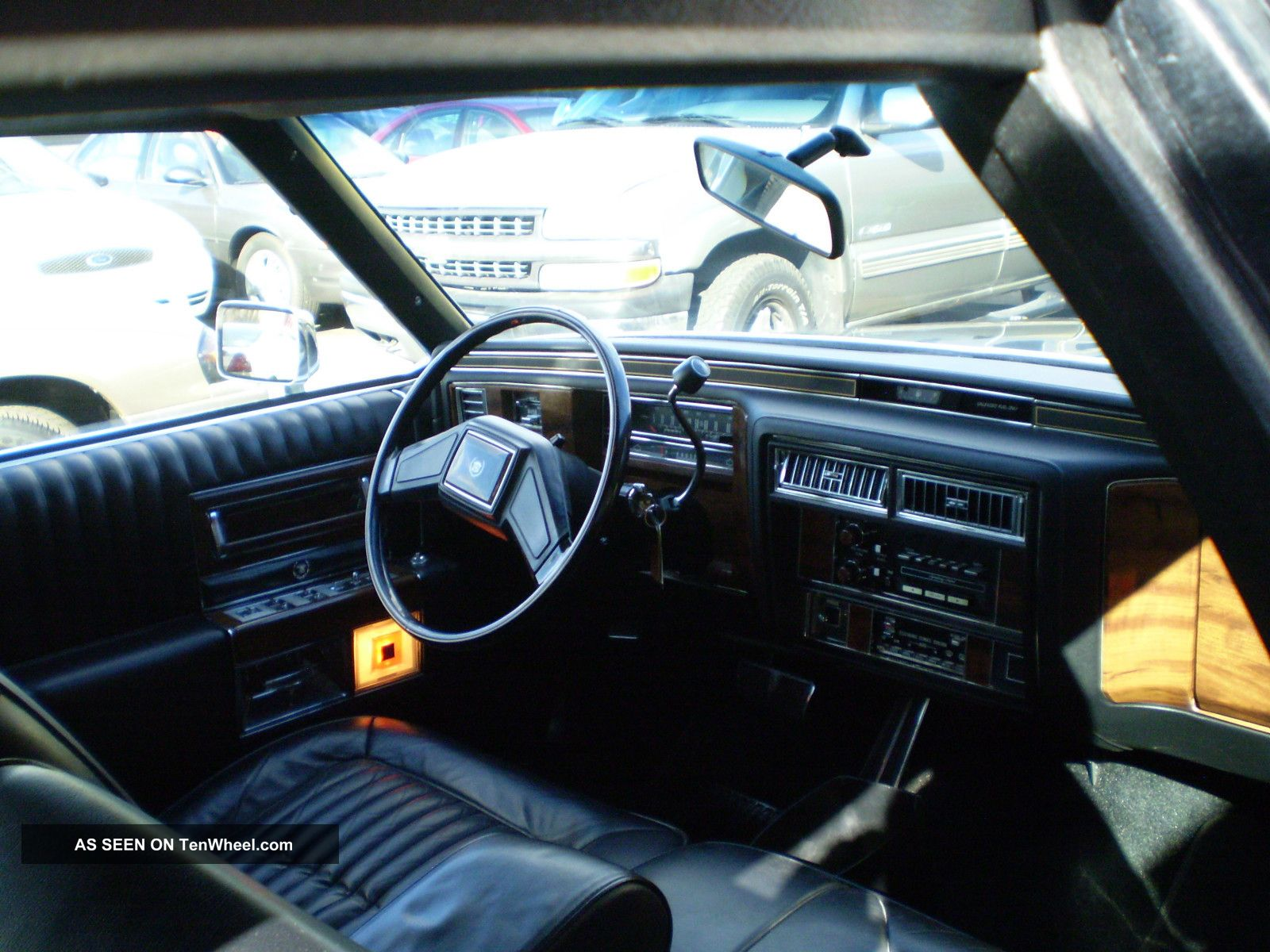 1987 Cadillac Brougham Base Sedan 4 - Door 5.  0l Other photo