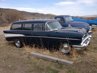 1957 Chevy Wagon photo