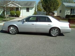 2002 Cadillac Deville Silver Gray photo