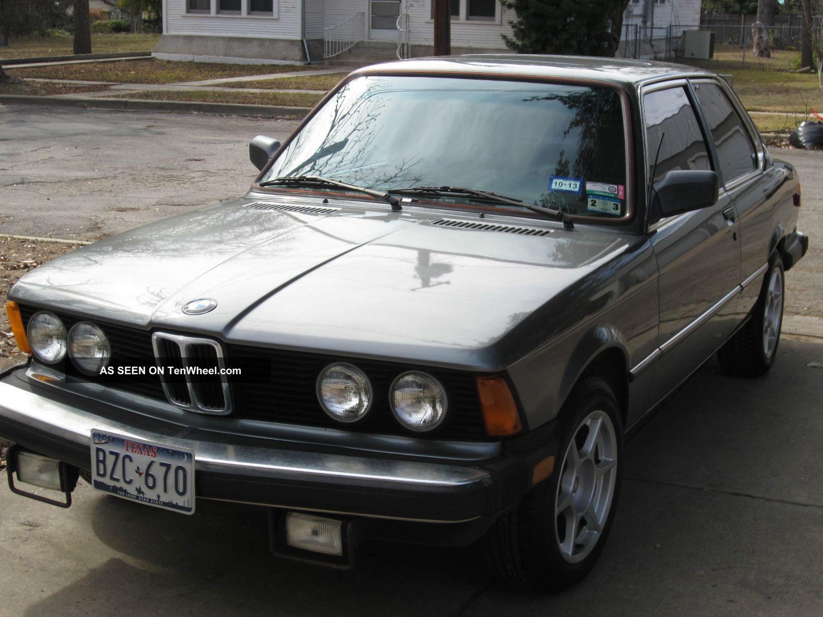 Classic 1982 Bmw 320i 3-Series photo