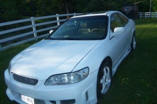 2000 Honda Accord Lx Coupe 2 - Door 2.  3l photo