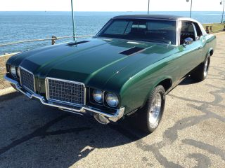 1972 Oldsmobile Cutlass Supreme photo