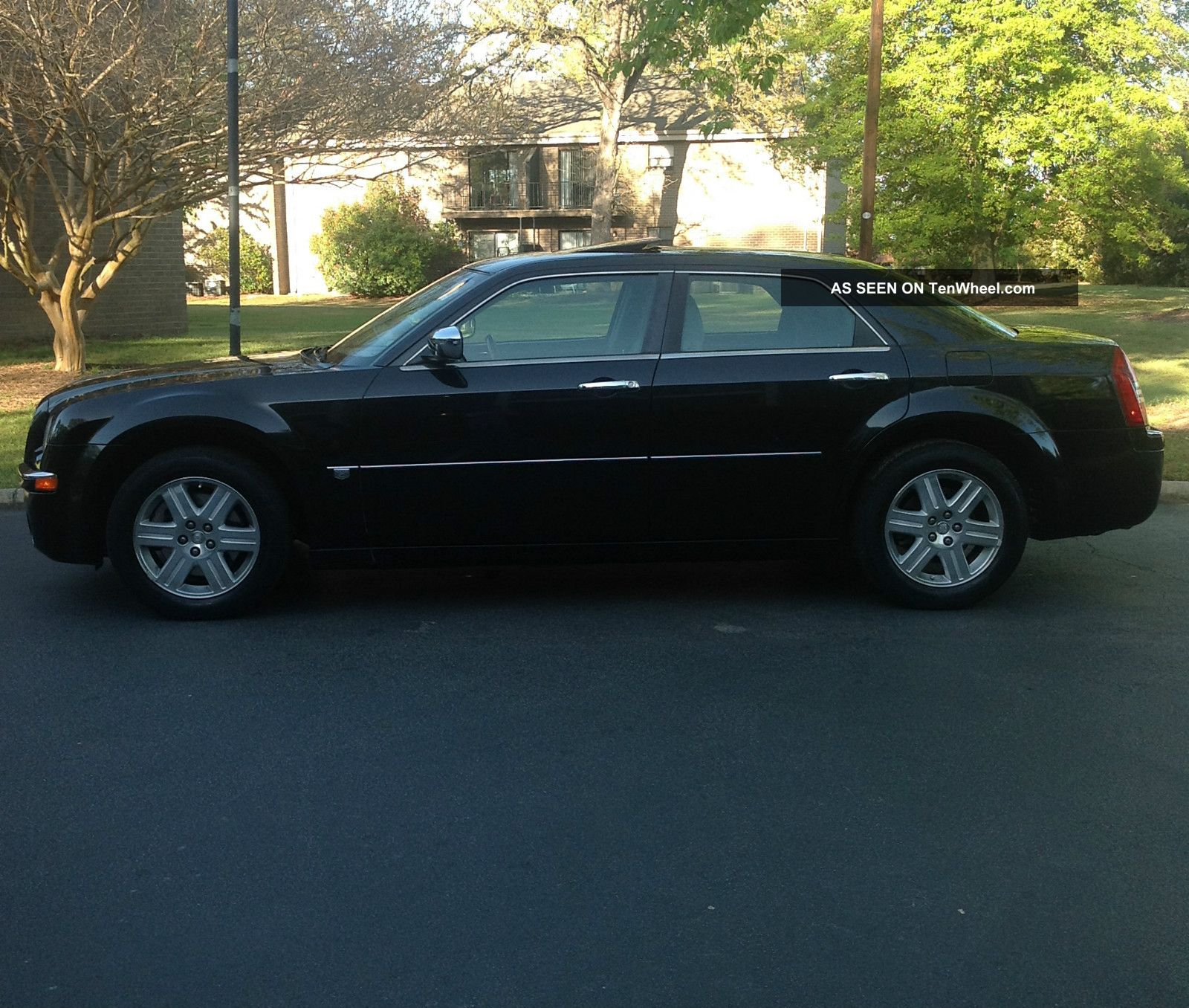 2006 Chrysler 300 C Sedan 4