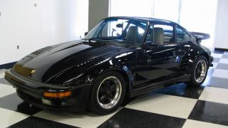 1987 Porsche 930 / 911 Turbo Factory Slantnose photo