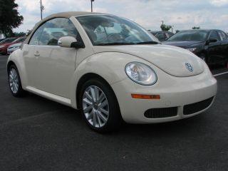 2008 Volkswagen Beetle Se Convertible 2 - Door 2.  5l photo