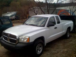 2006 Dodge Dakota St Extended Cab Pickup 4 - Door 3.  7l photo
