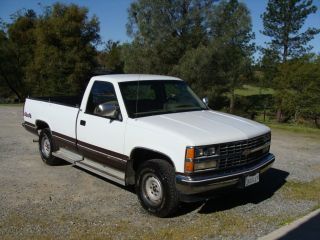 1988 Chevy Silverado C1500 4x4 Truck photo